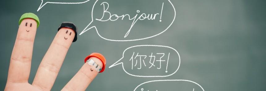 Uşaqlara müxtəlif dilləri necə öyrətmək olar?